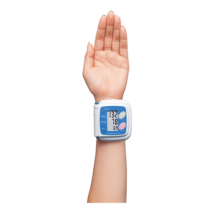 手首式血圧計 UB-328(おまかせ加圧 血圧計) 画像