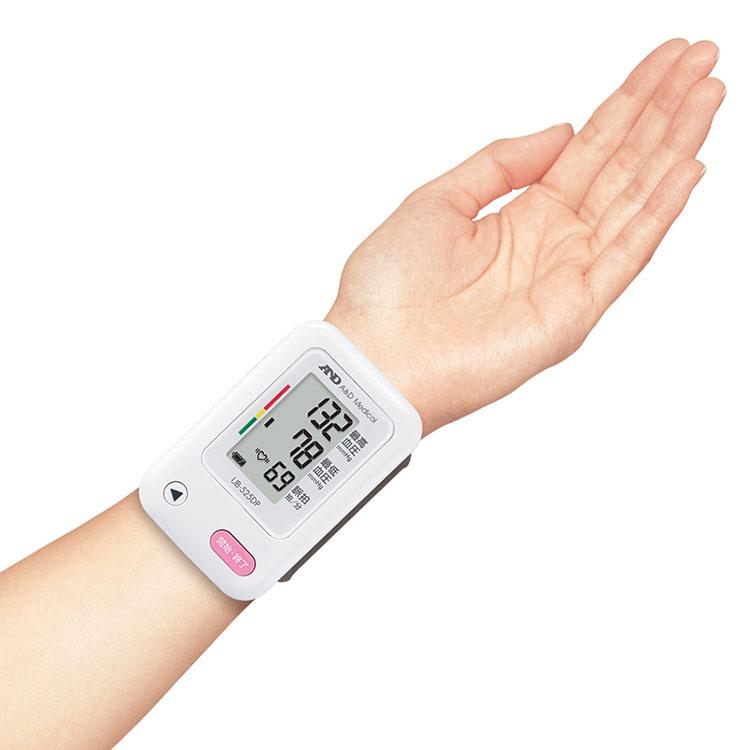 手首式血圧計 UB-525DP 画像
