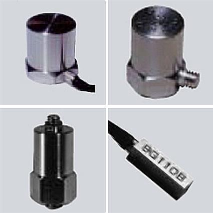 センサー 圧電式加速度変換器